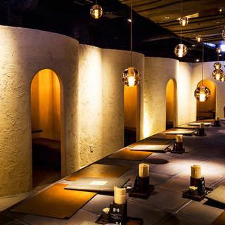 隠れ房 町田店 - 4名様まででゆったりと落ち着ける「かまくら個室」は少人数の集まりに最適です。 かまくら個室 A卓