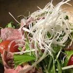 龍月  SUSHI - 牛しゃぶサラダ