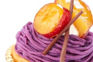 Pine Tree Bless - Purple Potato cake.