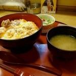 文字平 - 親子丼ランチ