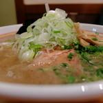 喜元門 - 喜元門:鶏魚介(炭火焼チャーシュー)¥760