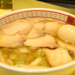 どうとんぼり神座 - 小チャーシュー煮卵ラーメン
