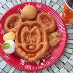 グレートアメリカン・ワッフルカンパニー - 季節のワッフル(アップル&キャラメルアイスクリーム)(¥700)