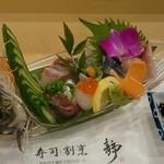 寿司割烹 静 - 料理写真:刺身の図