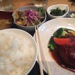Chiba-Ken Japanese Restaurant - 煮込みハンバーグ定食