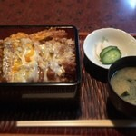 松月庵 - カツ丼を食べに西荻窪の名店坂本屋に行くもあまりの並び具合に却下。蕎麦屋でカツ丼にしました。美味しかった(*^^*)