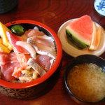 4538508 - 海鮮丼