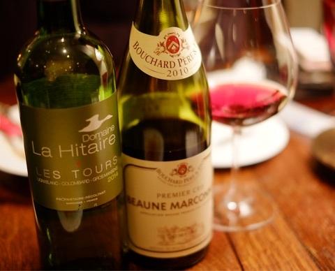 BOUCHON - 白ワインはドメーヌ・ラ・イテールの2014コート・ド・ガスコーニュ レ・トゥール 赤ワインはアルベール・モローのボーヌ マルコネ2010