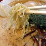 2代目哲麺 - 麺アップ