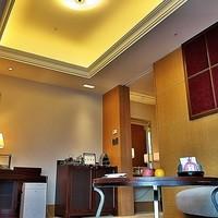シャングリ・ラ ホテル 東京-リビングも落ち着きます。