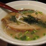 ぷかぷか - あっさり系でなかなか美味しい。お店も女性一人でフラっと入りやすいです。