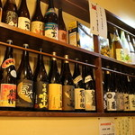 浪花ひとくち餃子 餃々 - 日本酒・焼酎も豊富にそろえています。