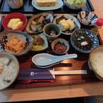 45390828 - 琉球朝食