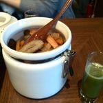虎ノ門バール - 野菜煮物、フレッシュ野菜ジュース