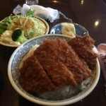 ブラッスリー茶茶 - 下仁田かつ丼大盛【料理】