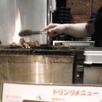佐賀県三瀬村 ふもと赤鶏 - 目の前で炭焼きしていました♪