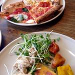 45404554 - ピザとサラダ類をガッツリ!