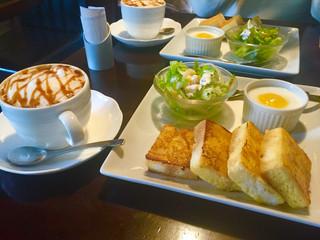 カフェ&ベーカリー フーガス