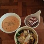 45408590 - スープ サラダ ミニケーキ