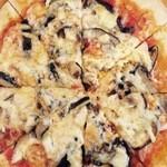 オルトラーナ - きのこのピザ ¥1200