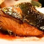 鮮魚屋 - ワラサの煮付け