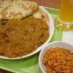 ディヤダハラ - トサ&野菜カレーセットと、ビールではなくマンゴーラッシーです