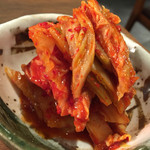 焼肉ホルモン 青一 - 焼肉ホルモン 青一(東京都港区青山一丁目)キムチ400円