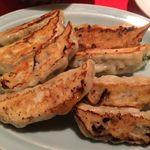 盛華亭 - 胡麻餃子