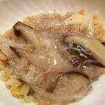 盛華亭 - 京湯葉の蟹身あんかけ炒飯