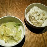 カラカッタ - キャベツのマリネ(つけあわせ)とジャガイモサラダ