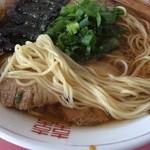 45430950 - ラーメン:麺アップ