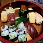 鯉寿司 - 料理写真:上寿司1200円
