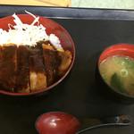 南条サービスエリア(下り線)スナックコーナー - ボルガ丼