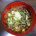 はやて - 山菜そば(¥450税込み)