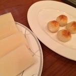天香回味 - 餅とチーズ団子