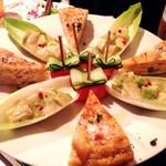 45435746 - 宴会料理…スペイン風オムレツ⁇…アボカドの⁇…サーモンの⁇…w全て美味し❤︎