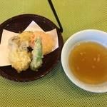 八光亭 - 天麩羅もありましたが、野菜だけで魚介が無い