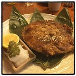 いろは寿司 - マグロのしっぽ。 ステーキのような味わい。