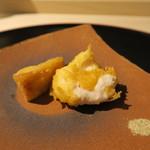 みや - 27年12月 海老芋と白子揚げ 八角塩で