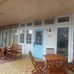 カフェ プレンヌ - 店の外観