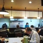 チャンポン龍 - 昼営業時の店内