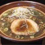 ひら石 - 醤油らーめん¥730 肴味油(無料)