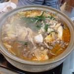 さの富居酒屋 - 鍋料理(牛のチゲ鍋)
