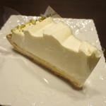 サンデーブランチ - ホワイトショコラとレモンのチーズタルト*604円