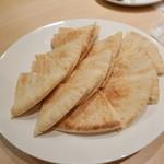 ミシュミシュ - ピタパン