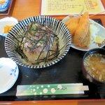 シャロー・ビー - Bランチ(なめろう丼+ミニフライ)2015.12.12