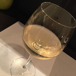 鎌倉やさいとRiche - 布田3丁目 Luida Riche (フダサンチョウメ ルイーダ・リッシュ)・東京都調布市布田〜白ワイン(シャルドネ・フランス)500円