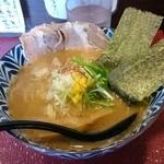 一乗寺つるかめ - 魚介醤油ら~めん(720円)麺はお値段そのままで大、中、並、小から選べるよ