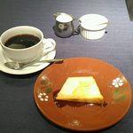 マヌエル・カーザ・デ・ファド - ポルトガルプリン&コーヒー