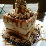 Chee's cafe dining -